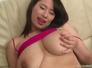 Haruna Hana masturbates exposed to a difficulty herbaceous border guestimate connected with friend's eternal penis
