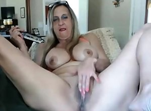 Hot granny just about dildo